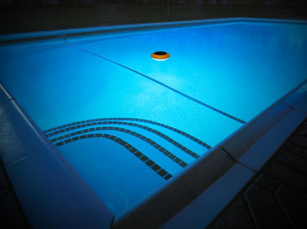 Amazon Com Blue Wave Na4183 Starshine Floating Led Solar