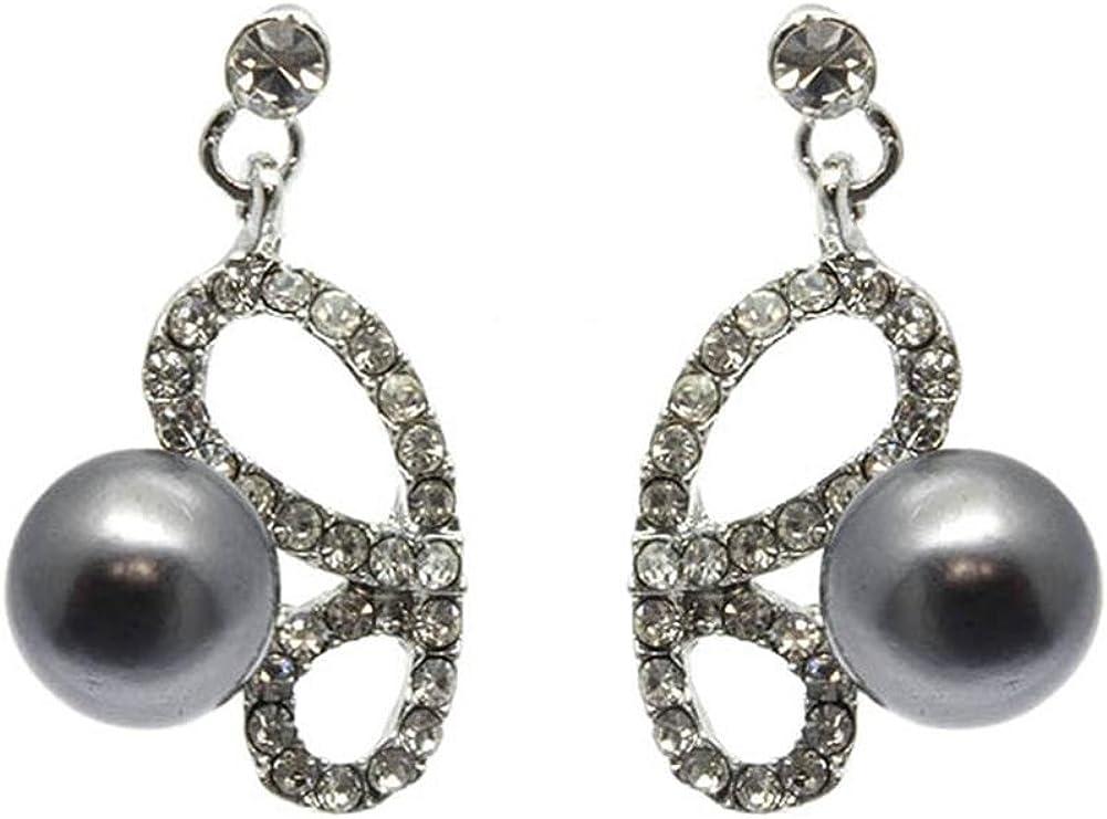 Beyoutifulthings 1 par de pendientes para mujer de acero inoxidable, diseño de media alas de mariposa, con circonitas y perla colgante. Longitud: 1,9 cm.
