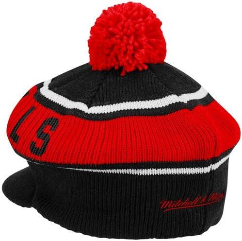 Black Mitchell /& Ness Chicago Bulls Hardwood Classics Vintage Winter Caddy Hat