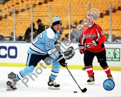 Mario Lemieux 2011 NHL Winter Classic Alumni Game Action - 8x10 Photo