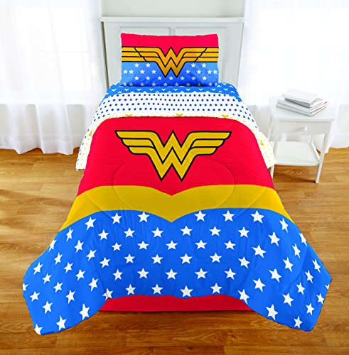 5 Piece Full size Wonder Woman Bedding Set Includes 4pc Full Sheet Set and 1 T/Full Comforter by Wonder Woman (Image #2)'