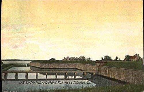 The Entrance and Moat, Fortress Monroe Hampton, Virginia Original Vintage Postcard