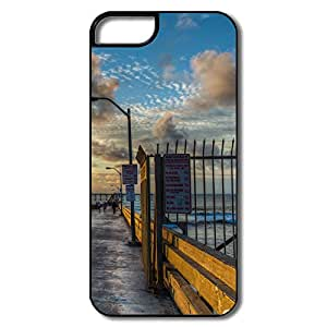 IPhone 5/5S Cover, Ocean Beach Pier White/black Case For IPhone 5S