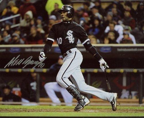 Alexei Ramirez Signed Photo - 8x10 W coa - Autographed MLB Photos