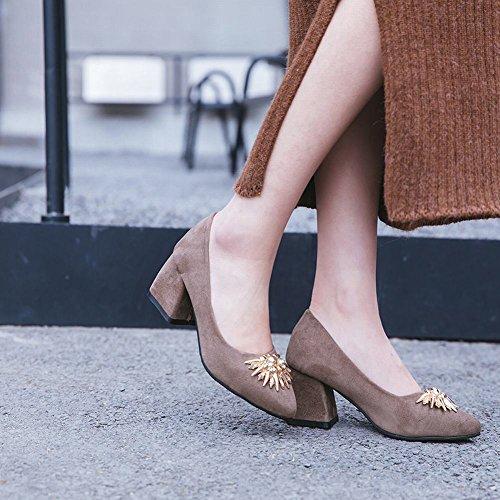 Carolbar Women's Chic Sexy Rhinestones Mid Heel Pointed Toe Court Shoes Brown lN4VdWIpGc