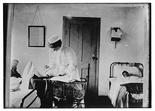 1900 Photo Armenian refugees [new baby, mother & midwife