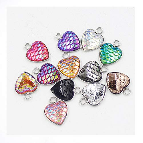 CheeseandU 30Pcs 12mm Shinny Stainless Steel Fish Scale Heart Charms Pendants for DIY Jewelry Making Necklace Bracelet Earring DIY Jewelry Accessories Charms Girls Kids DIY Gift,Mermaid Color (Heart Set Charms)