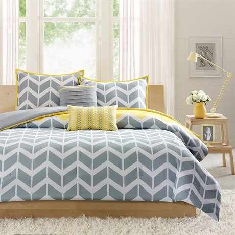 Intelligent design and design Nadia Comforter Comforter Sets
