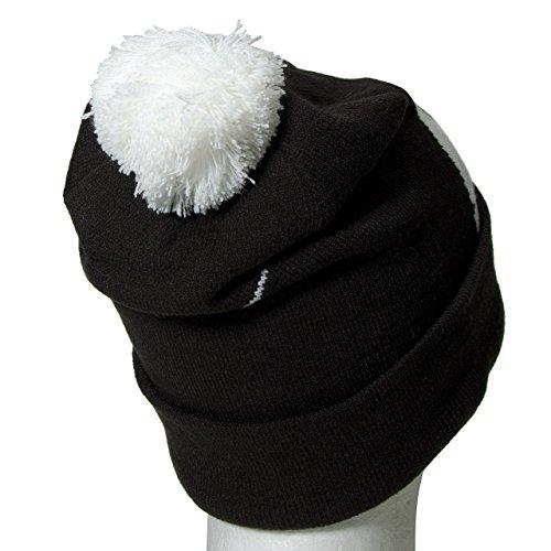 Nike Logo Pom Pom Beanie Hat B W O S Black White at Amazon Men s Clothing  store  ce2804046708