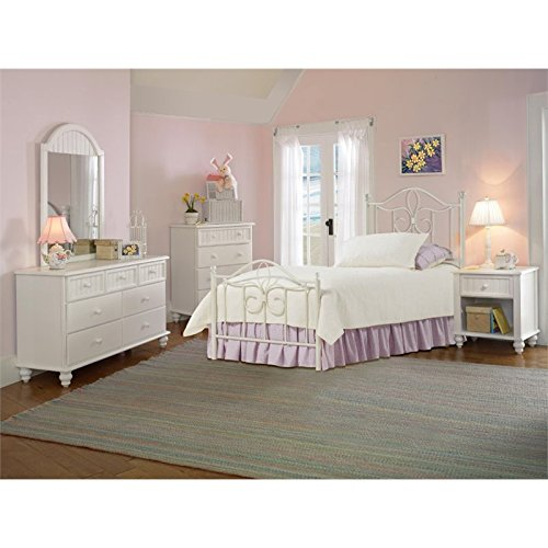 Bowery Hill 5 Piece Full Metal Spindle Bedroom Set in Off White (Country Full Size Headboard)