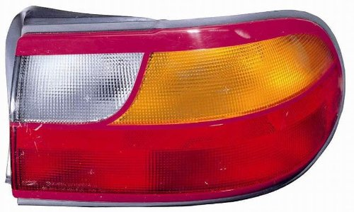 - Depo 332-1937R-AC Chevrolet Malibu/Classic Passenger Side Replacement Taillight Assembly