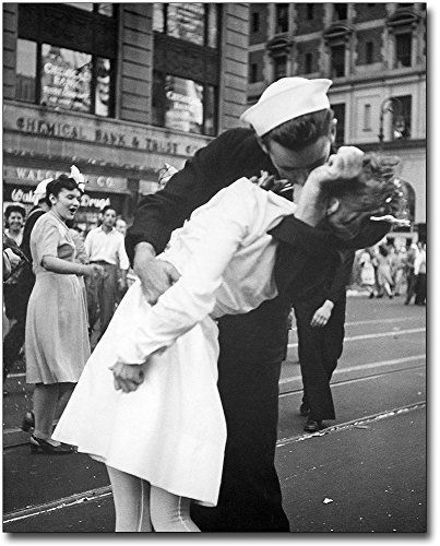 Sailor Nurse VJ Day Kiss in Times Square 11x14 Silver Halide Photo Print by The McMahan Photo Art Gallery & Archive