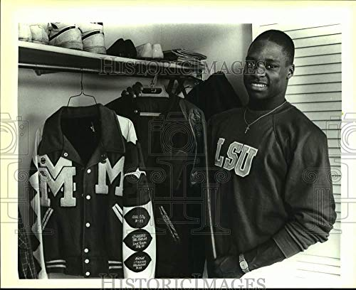 Vintage Photos 1987 Press Photo High School Football Player Jimmy Young Shows Letter Jackets ()