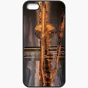 Unique Design Fashion Protective Back Cover For iPhone 5 5S Case Scotland Glasgow River Bridge Building Secc Black