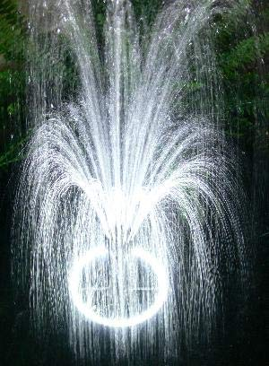 (Custom Pro 1500 Fountain with 120 White LED Light Ring, Energy Efficient Pump, 3 Spray Nozzles, Telescoping Riser & 33 Foot Power Cords)
