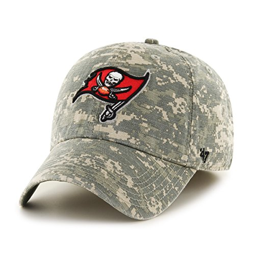 NFL Tampa Bay Buccaneers Officer Franchise Fitted Hat, Large, Digital Camo ()