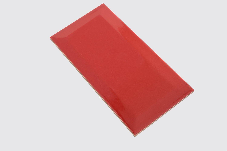 Diese Wandfliese Metro rot glossy im Format 10x20cm zaubern in jeden Raum ein modernes und exklusives Ambiente zum Wohlf/ühlen 1 Muster