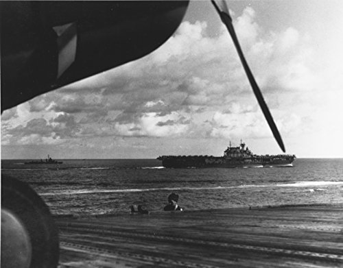 (Home Comforts Laminated Poster The U.S. Navy Aircraft Carrier USS Hornet (CV-8) Steaming in The Coral Sea Area, 13 May 1942. Photog Vivid Imagery Poster Print 24 x 36)