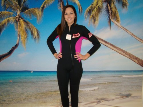 Women's Wetsuit,Hot Pink Full Length, Front Zipper, Womens 3mm Size XLARGE Item # 8805HP w/