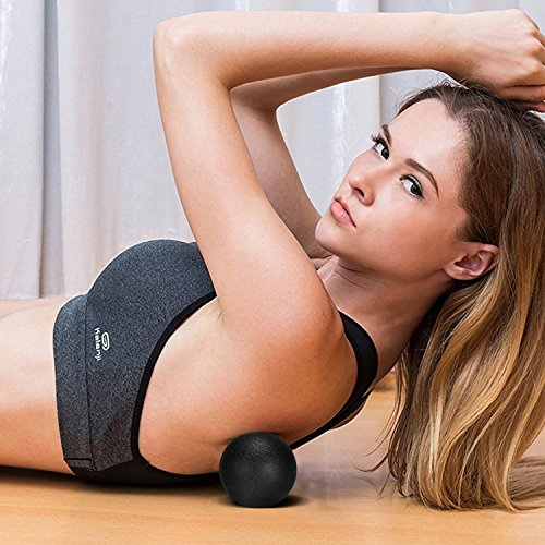 Koruson 5 Piece Complete Foam Roller Set: Includes 1 High Density Foam Roller, 1 Muscle Massager Stick, 1 Spiky Exercise Ball, 1 Smooth Exercise Ball and 1 Carrying Bag by Koruson (Image #8)