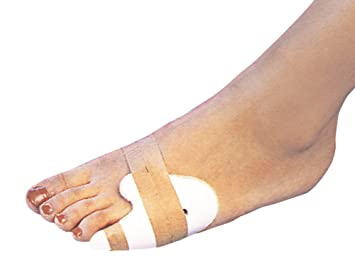 how to fix a broken pinky toe at home
