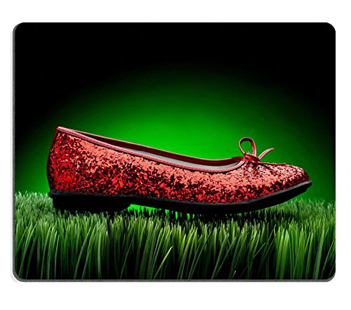 msd-mouse-pad-natural-rubber-mousepad-mousepad-image-id-6410720-sequined-red-slipper-on-green-grass-