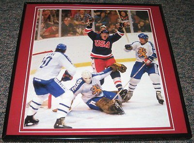 1980 Olympic Hockey Gold Medal Game USA Miracle on Ice Framed 12x12 Poster Photo (Olympic Framed 1980 Hockey)