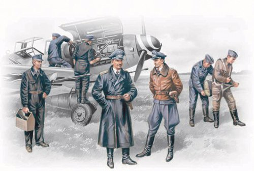 ICM Models German Luftwaffe Pilots and Ground Personnel 1939-1945 Building Kit ()