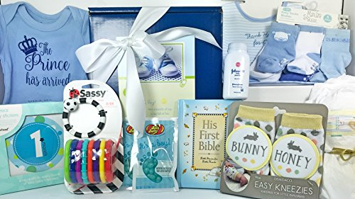 Baby Boy Gift Set Box Basket - 19 Items for the Newborn Bund