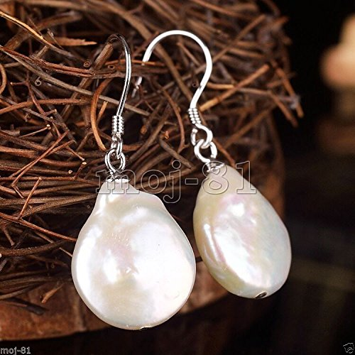New Pair Natural White Baroque Freshwater Pearl Silver Hook Dangle Earrings