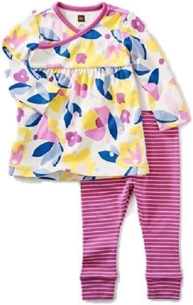 زي فستان من مجموعة تي مطبوع، أزهار في بلوم، فستان مزين بزهور وبنطلون مخطط باللونين الوردي والأبيض