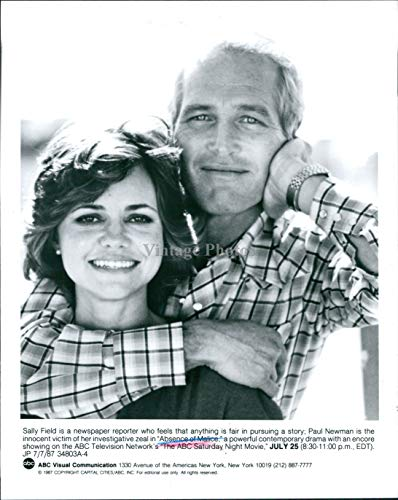 Vintage Photos 1987 Press Photo Actress Sally Field Paul Newman Absence Malice Celebrity 7X9