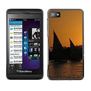 Smartphone Rígido Protección única Imagen Carcasa Funda Tapa Skin Case Para Blackberry Z10 Nature Sunset Sail / STRONG