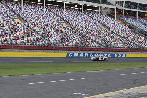 charlotte-motor-speedway-ride-along-at-nascar-racing-experience