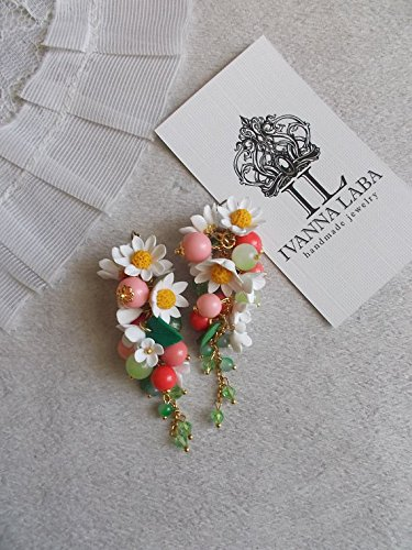 Daisy flower earrings, wild flowers, cute earrings, stylish earrings, handmade, gift earrings Wildflower Chandelier