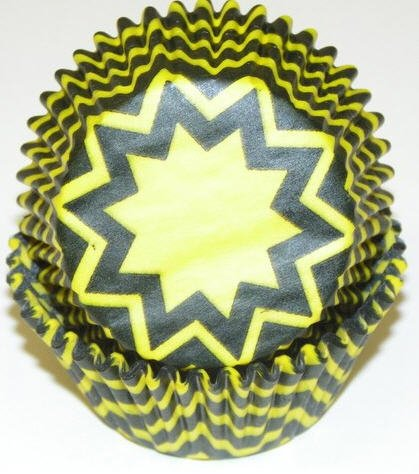 CakeSupplyShop Yellow Black Chevron Cupcake Liners - Baking Cups -50pack with Edible Sparkle Flakes
