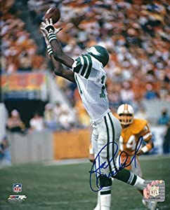 Autographed Harold Carmichael 8x10 Philadelphia Eagles Photo