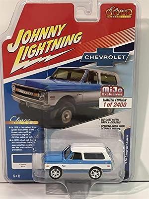 Johnny Lightning Chevrolet Blazer 1970 JLCP7312 1//64 Limited 2,400 PCS