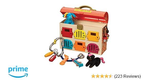 Amazon.com  B. Critter Clinic Toy Vet Play Set  Toys   Games 49a414d347e4e