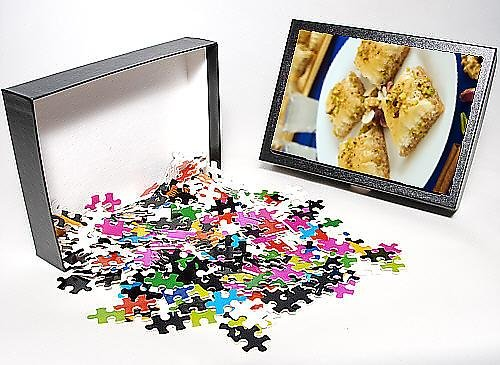 Photo Jigsaw Puzzle of Baklava, filo pastry with honey and pistachios, Greece, Europe