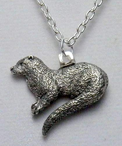 River otter necklace (726a)