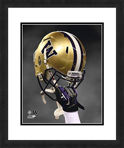 "(NCAA Washington Huskies, Beautifully Framed and Double Matted, 18"" x 22"" Sports Photograph)"