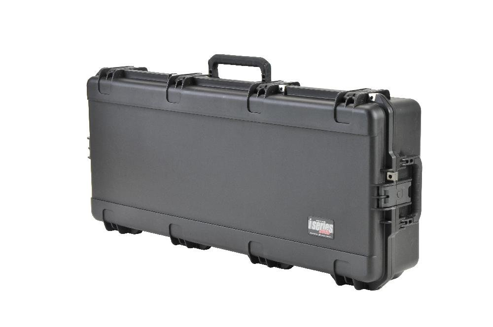SKB Ultimate Watertight Double Bow Rifle Case, black