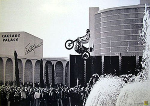 EVEL KNIEVEL SIGNED CAESARS PALACE JUMP 20X30 #D/100 PHOTO EVIL PHOTO - Caesars Shop Palace