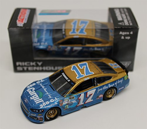 Lionel Racing Ricky Stenhouse Jr #17 Cargill Throwback 2015 Ford Fusion NASCAR Diecast Car (1:64 Scale)