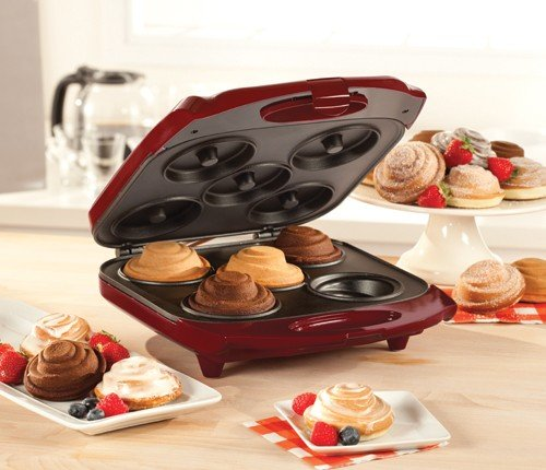amazon com bella spiral cake maker cupcake makers kitchen dining