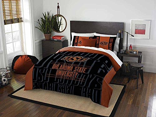 Oklahoma State University Comforter - 3 Piece NCAA Oklahoma State University Cowboys Comforter Full/Queen Set, Sports Patterned Bedding, Featuring Team Logo, Fan Merchandise, Team Spirit, College Football Themed, Black Orange, For Unisex