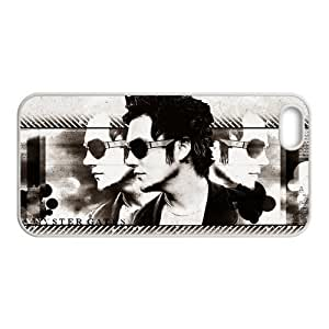 Synyster Gates From Hot Metal Band&Avenged Sevenfold Theme Case Cover for iPhone 5/5S- Personalized Hard Cell Phone Back Protective Case Shell-Perfect as gift by runtopwell