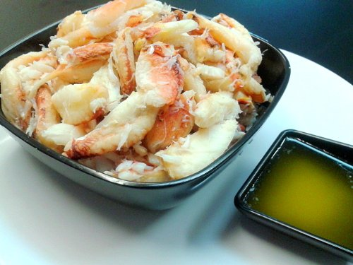 (FRESH DUNGENESS CRAB MEAT (2 POUNDS))