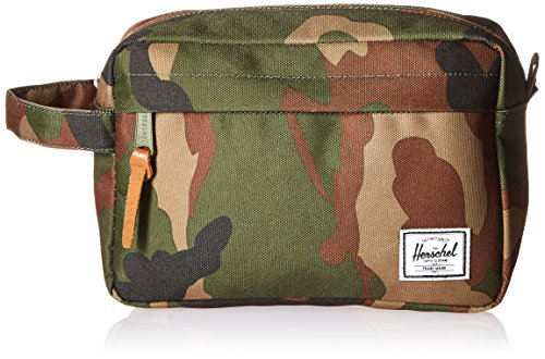 Herschel Chapter Travel Kit, Woodland Camo/Multi Zip ()